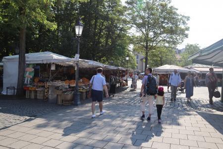 ミュンヘンのマーケット(viktualienmarkt)2