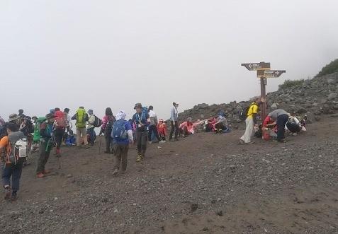 1 富士山の六合目の様子