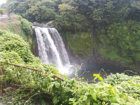18 白糸・音止めの滝