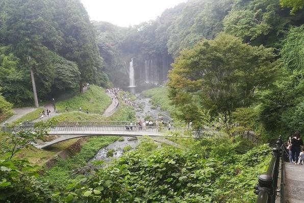 19 富士宮白糸の滝