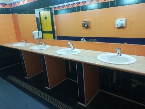 8 有料トイレの写真