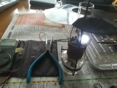 4 LEDの照明回路 点灯試験