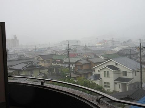 6 更に、風雨が強くなった