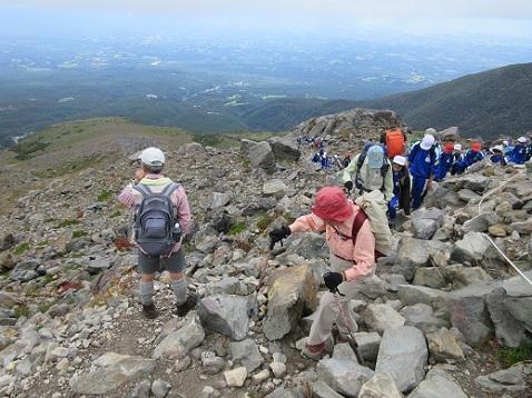 16 茶臼岳へ向かう