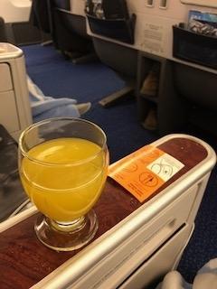 エジプト航空ビジネスクラスウェルカムドリンク