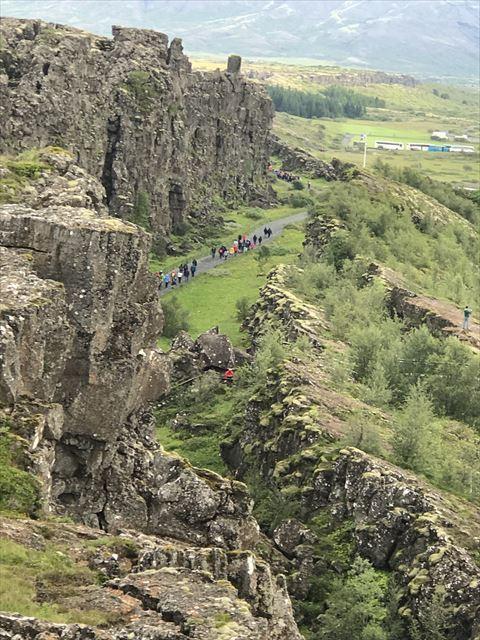 20180805 御神事 アイスランド 大地の裂け目(ギャウ)(シンクヴェトリル国立公園内1