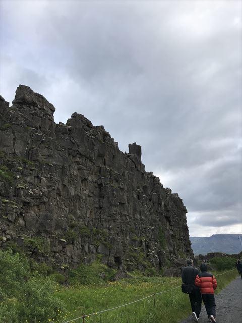 20180805 御神事 アイスランド 大地の裂け目(ギャウ)(シンクヴェトリル国立公園内3