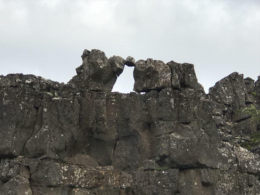20180805 御神事 アイスランド 大地の裂け目(ギャウ)(シンクヴェトリル国立公園内4