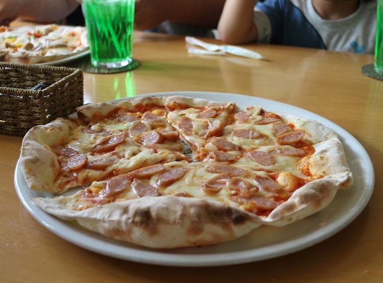ウィンナーハムのピザ 30 8 14