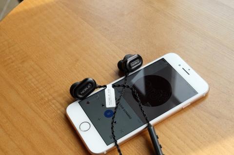イヤホン スマホ iPhone