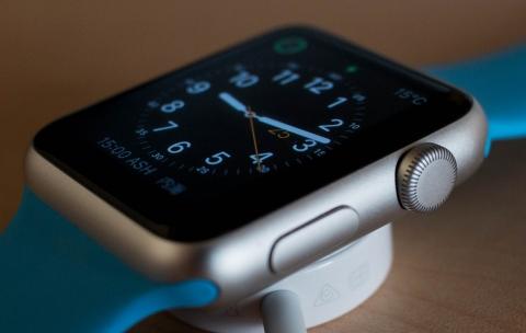 Apple Watch 竜頭 デザイン