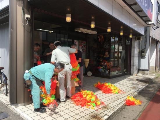商店街花飾り 006