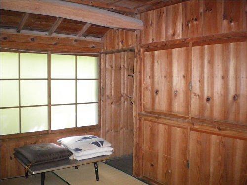 八田別荘・寝室