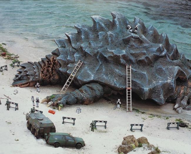 「ゴジラXモスラXメカゴジラ 東京SOS」(2003年)カメーバのシーン