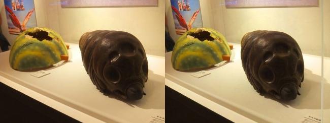 「ゴジラXモスラXメカゴジラ 東京SOS」(2003年)モスラ幼虫・「ゴジラVSモスラ」(1992年)モスラの卵(平行法)