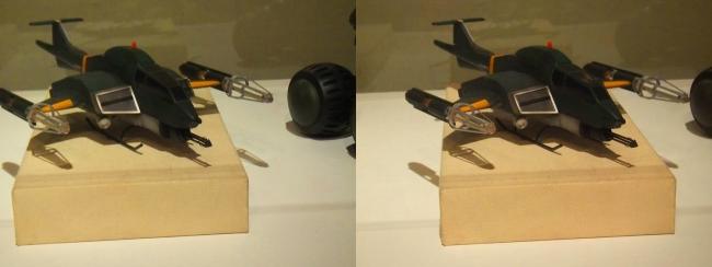 「ゴジラVSモスラ」(1992年)93式メーサー攻撃機(交差法)