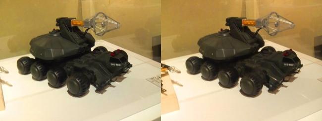 「ゴジラVSビオランテ」(1989年)92式メーサービーム戦車(交差法)