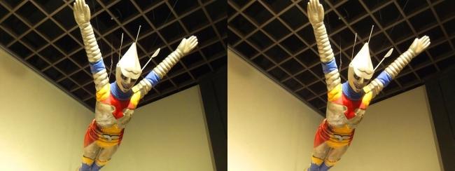 「ゴジラ対メガロ」(1973年)ジェット・ジャガー 飛行シーン用(交差法)
