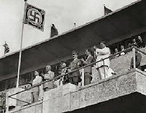 03a 300 Berin Olympics Hitler
