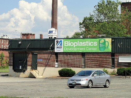 04d 500 bioplastics center