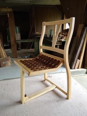 折りたたみ椅子01
