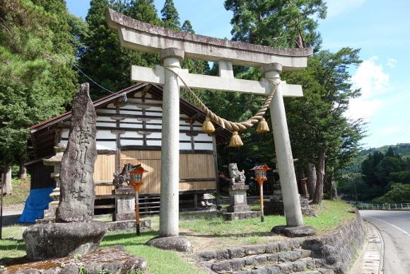 荘川神社(岐阜)01
