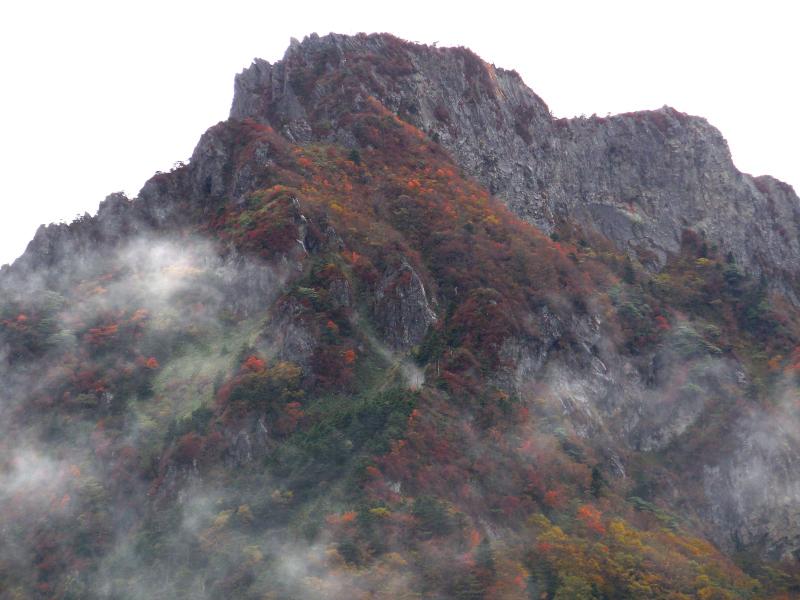 「湧雲 石鎚山」