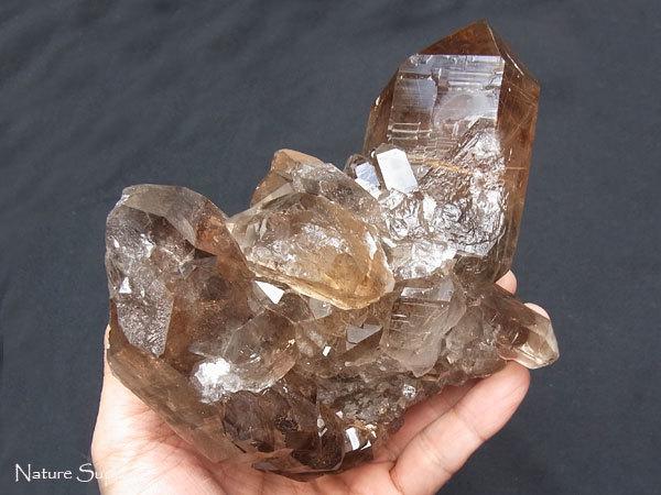 ルチルクオーツ原石クラスター