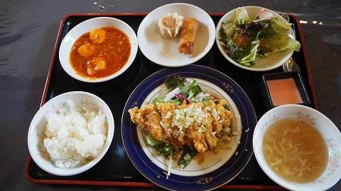札幌円山 本格中華料理 CHINESE シロクマ