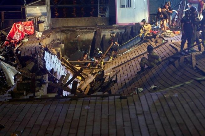 遊歩道 ボードウォーク 崩落 スペイン