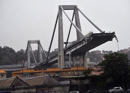 イタリア北部ジェノバの高速道路、高架橋が約200mに渡り突然崩落、約20台の車両が巻き込まれ落下する … 地元メディアは老朽化により崩落が起きた可能性があると指摘
