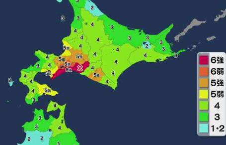 6日午前3時8分頃、北海道の中東部で震度6強の強い地震、津波被害の心配はなし … 震源地は北海道胆振地方中東部で震源の深さは40km、マグニチュードは6.7と推定