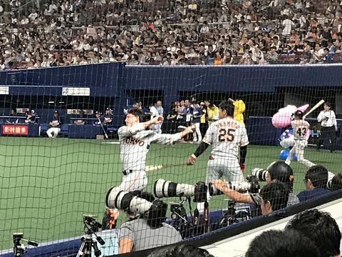 1430-小林と岡本の素振り(4)