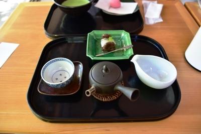 季節の和菓子とお煎茶  開運堂