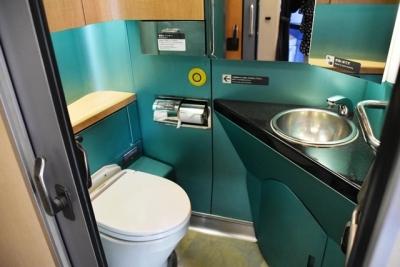 E257系トイレ