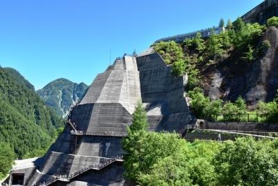 展望台外階段 黒部ダム