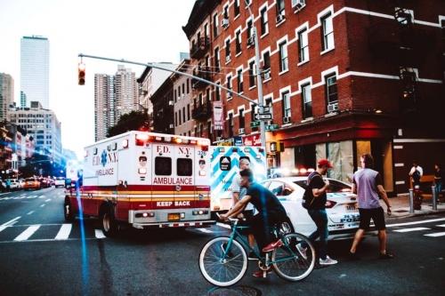 ambulance_91918.jpg