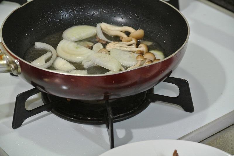 牛肉の甘辛煮3