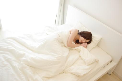 sleep687687.jpg