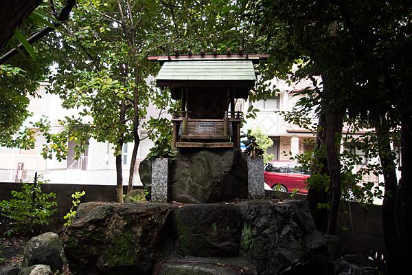 港陽八幡神社櫻龍神社の社