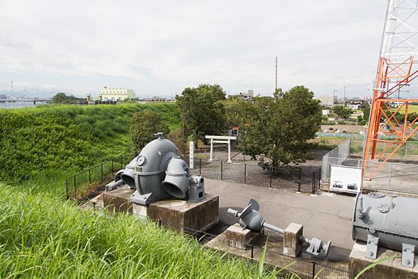 福田川神社土手の上から