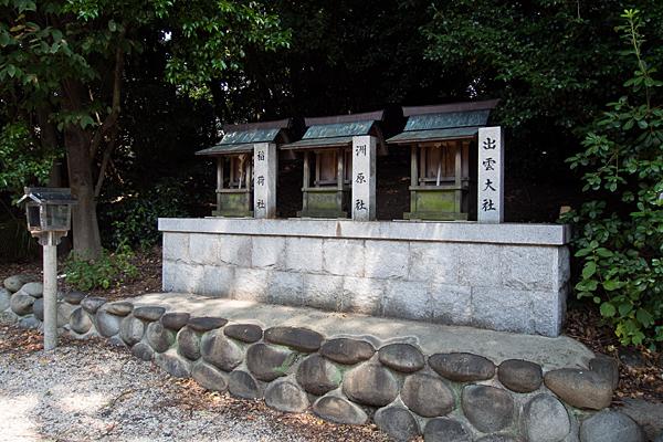 東茶屋神明社境内社