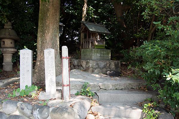 東茶屋神明社境内社2