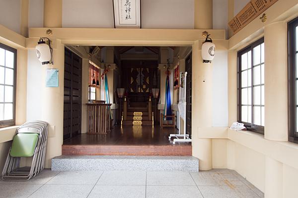 八百島稲荷社拝殿内