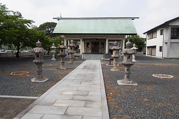 南陽神社参道