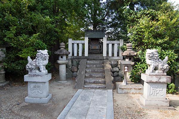 茶屋後神明社三十番神の社