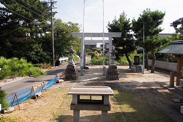 西福田4神明社境内の風景