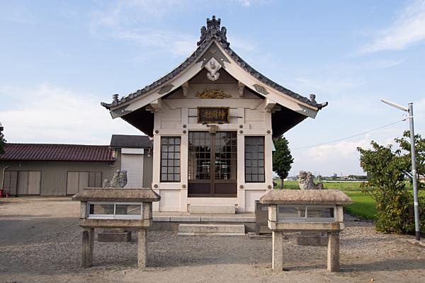 畑中神明社拝殿