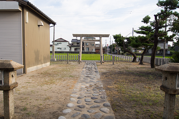 福前神明社境内の風景