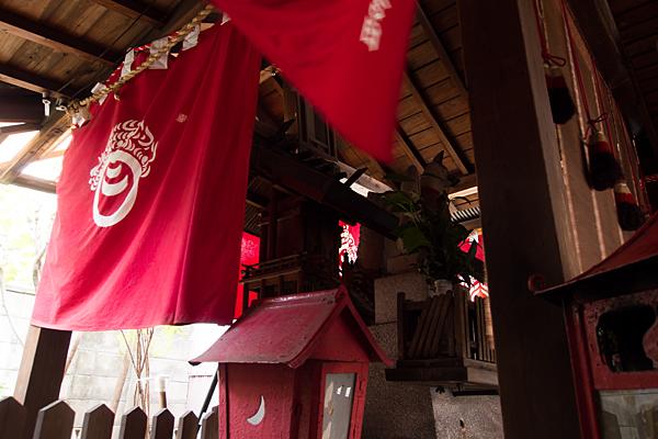 大杉大神の社